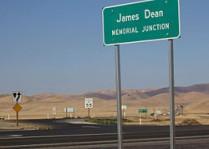 250px-James_dean3